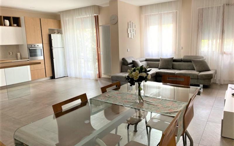 Urbino – Ampio appartamento in centro storico interamente ristrutturato.