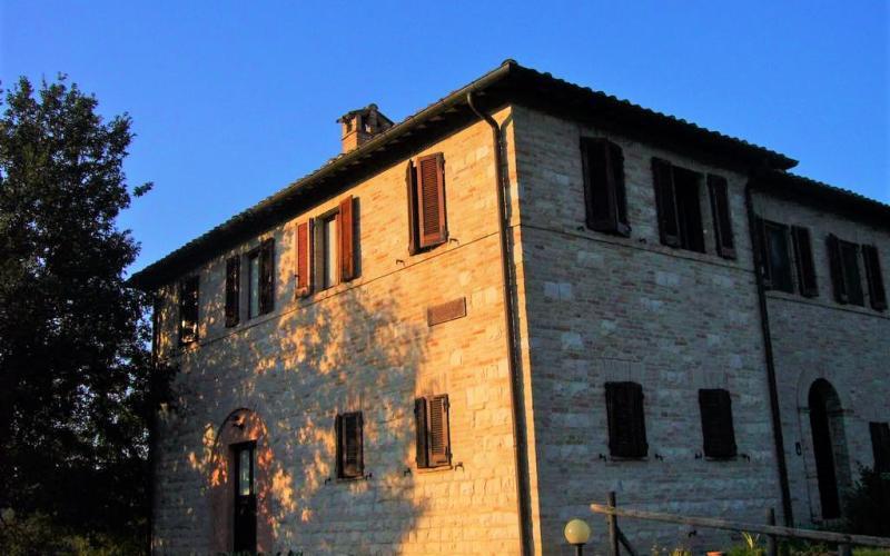 Urbino – Sogesta – appartamento completamente ristrutturato in posizione panoramica.