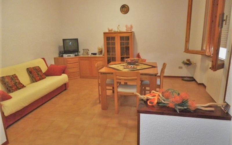 Acqualagna - Ampio appartamento indipendente con giardino.