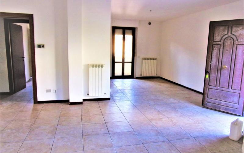 Fermignano – zona nuovo conad- Confortevole appartamento al Piano terra con porzione di giardino.